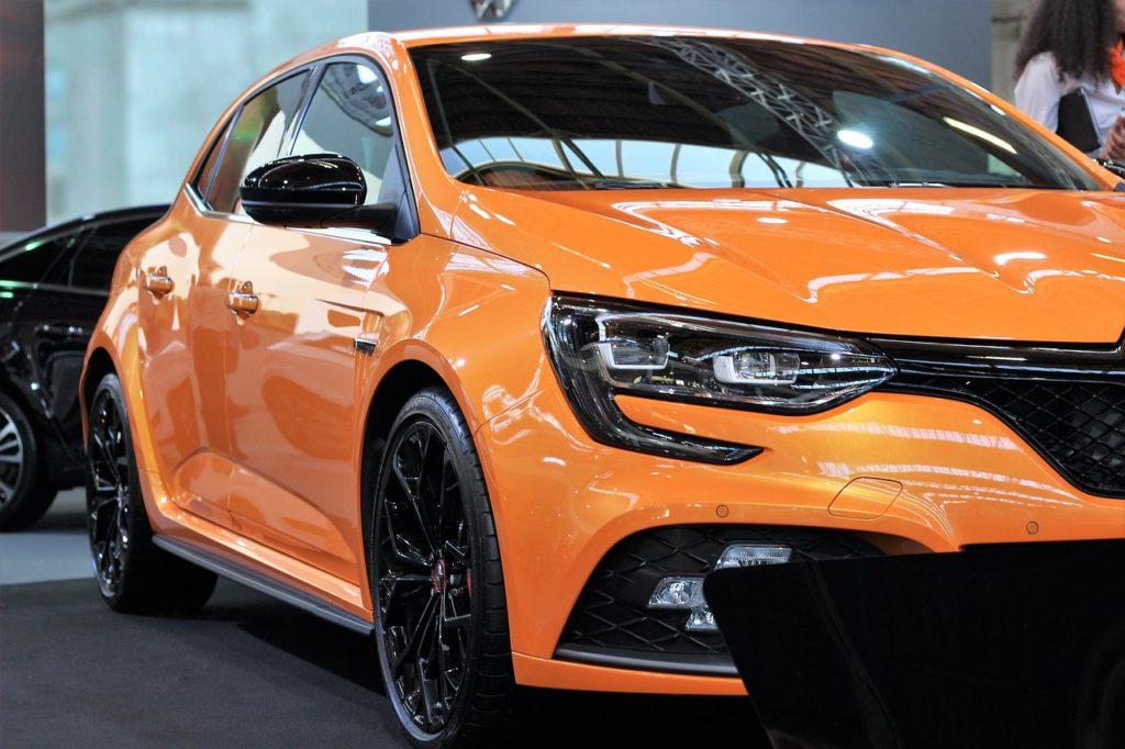 Orange Renault